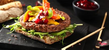 Wykwintny burger z wołowiny Wagyu na toście